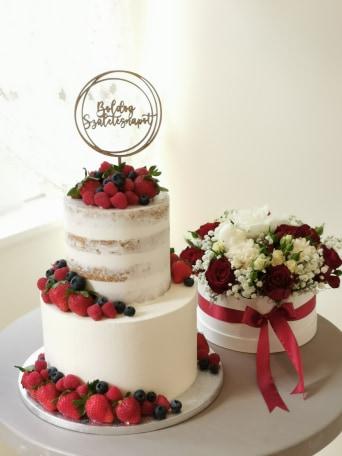 torta és virág
